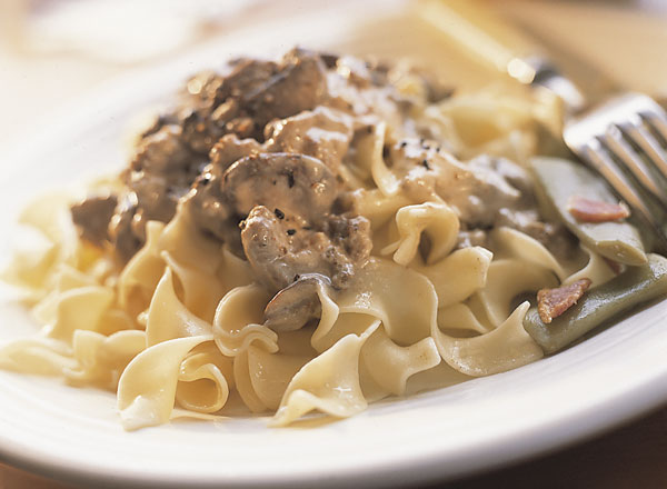 Beefy Stroganoff With Homestyle Green Beans