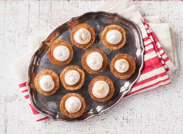 White Chocolate-Caramel Cookie Cups