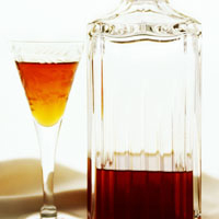 sherry in a glass and decanter